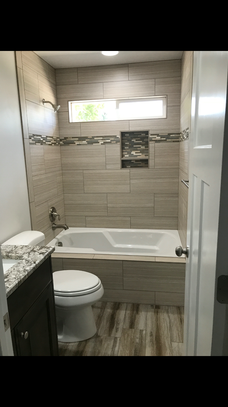 new home builder bathroom